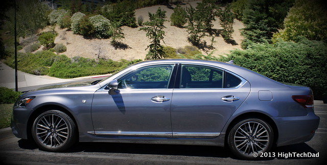 Side Profile - 2013 Lexus LS 460