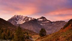 Il cielo si colora (cesco.pb) Tags: sunrise canon switzerland alba svizzera montagna montains simplonpass fletschhorn passodelsempione canoneos1000d tamronsp1750mmf28xrdiiivcld