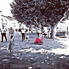 Street Musician - Ascona (CH) (Seda Sener) Tags: switzerland ascona ticino streetphotography streetmusician