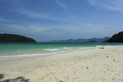 IMG_3413 (erwin.pardede@ymail.com) Tags: beach canon landscape malaysia langkawi canonef1740mmf4l 60d canoneos60d