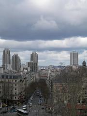 Vu des Buttes Chaumont (alainalele) Tags: paris france french internet creative commons bienvenue 75 licence presse bloggeur paternit lede