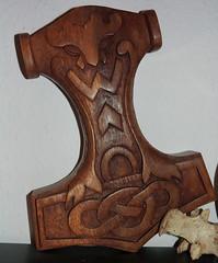 Mjoelnir (alekevilhelmsdottir) Tags: wood hammer thor holz thorshammer mjlnir asatru asen wanen mjoelnir