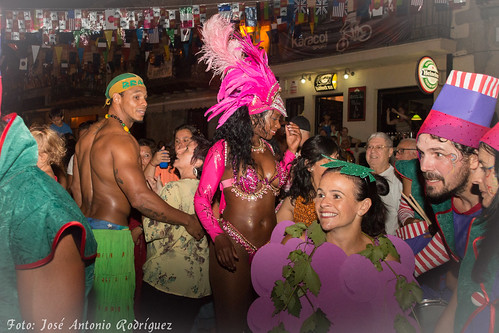 "Carnaval de verano 2015 • <a style=""font-size:0.8em;"" href=""http://www.flickr.com/photos/133275046@N07/19628014124/"" target=""_blank"">View on Flickr</a>"