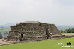 Viento... (kleeworio) Tags: mexico templo calixtlahuaca toluca piramide arqueologia ehecatl arqueologica