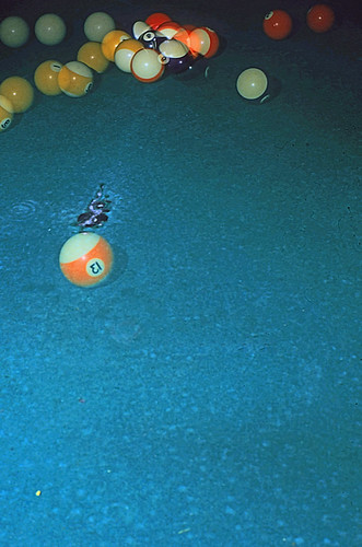 "Billard (03) • <a style=""font-size:0.8em;"" href=""http://www.flickr.com/photos/69570948@N04/19950545420/"" target=""_blank"">View on Flickr</a>"