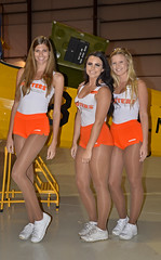 Hooters Girl's (JetDr757) Tags: hooters ticoairshow girls hootersgirls