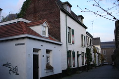 Ville de Maastricht (Province du Limbourg, Pays-Bas) (bobroy20) Tags: hollande paysbas ville city maastricht limbourg