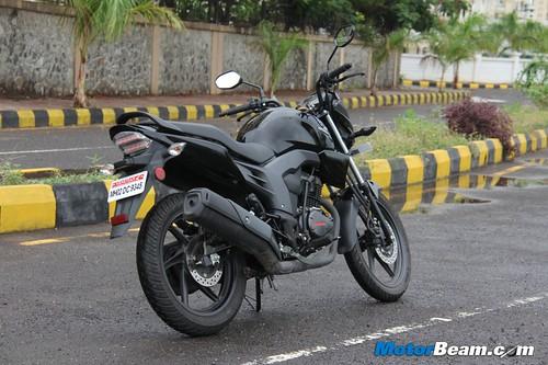 Honda-CB-Trigger-07