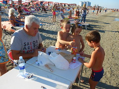 Girandoliamo 2013, Bagno Medusa, Lido degli Scacchi, Comacchio, Ferrara (Pivari.com) Tags: ferrara comacchio lidodegliscacchi bagnomedusa girandoliamo2013