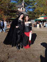 KRF Closing Day! (Lord Gregor) Tags: festival fun costume outfit fair entertainment faire carver renfaire renaissancefestival renaissancefaire renfest kingrichardsfaire entertaining garb krf