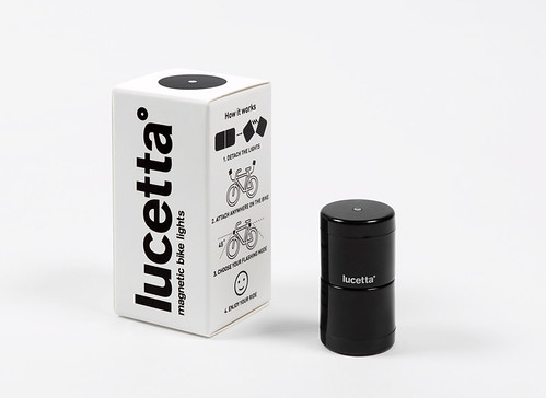 "lucetta-magnetic-bicycle-lights-designboom06 • <a style=""font-size:0.8em;"" href=""http://www.flickr.com/photos/109202782@N04/11044332366/"" target=""_blank"">View on Flickr</a>"