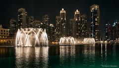 Arab Emirates 131028 18_34_08 (Renzo Ottaviano) Tags: show fountain dubai united emirates khalifa arab lorenzo uniti renzo arabi burj برج emirati دبي ottaviano نافورة emiratiarabiuniti خليفة