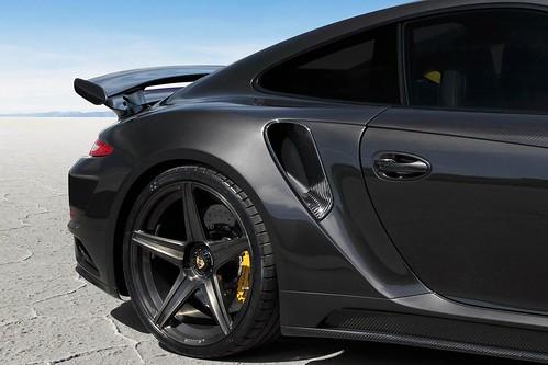 Porsche 911 Stinger GTR Carbon Edition