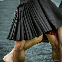 Wrestling Technique (FotoFling Scotland) Tags: male scotland kilt legs event wrestler highlandgames kilted bridgeofallan bridgeofallanhighlandgames paulcraig scottishwrestlingbond wrestlingbond maxfreyne