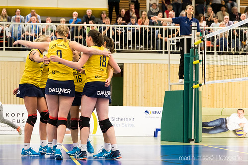 "3. Heimspiel vs. Volleyball-Team Hamburg • <a style=""font-size:0.8em;"" href=""http://www.flickr.com/photos/88608964@N07/32817478075/"" target=""_blank"">View on Flickr</a>"