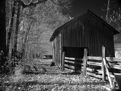 Barn IR (KeithAlanK) Tags: barn ir tennessee infrared f828