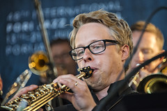 Norrbotten Big Band with Outi Tarkiainen & Aili Ikonen (Waldemar Stoffel) Tags: music festival suomi finland finnland musik pori björneborg satakunta porijazz2013 norbottenbigband