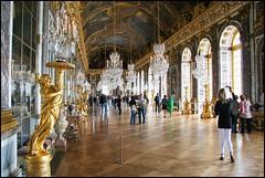 Versailles, La Galerie des Glaces (Réal Filion) Tags: paris france history tourism architecture gold mirror gallery or galerie versailles histoire château castel glace tourisme galeriedesglaces