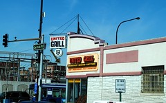 United Grill (Cragin Spring) Tags: sign restaurant illinois midwest diner grill il hamburgers cicero arrowsign ciceroillinois ciceroil unitedgrill