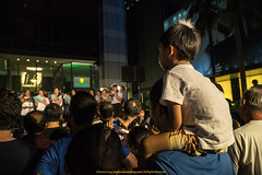 Watching The Carols |  (francisling) Tags: road christmas festival lights singapore g sony crowd orchard e  pz oss  nex   5n 18105mm   selp18105g