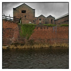 lovely bricks (Maggie's Camera) Tags: colour liverpool square canal redbrick industrialbritain