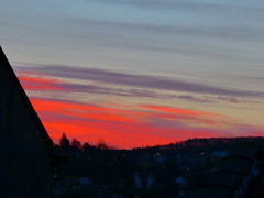 P1050187trav (pascalpiette) Tags: leica city red cloud sol clouds sunrise lumix soleil belgium belgique alba cities down du jour panasonic amanecer aurora wee hours raymond pascal towns huy octave heure lever bleue aurore aube piette dmcfz72 25022014