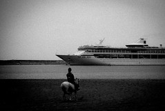 ((Jt)) Tags: leica film monochrome photography boat essay ship father documentary korea thoughts seoul southkorea jejudo jtinseoul sewol