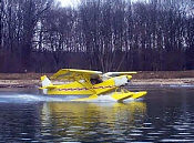 701_amph_water_take_off1_small