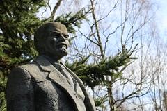 Steinerner Blick (Karl G.) Tags: lenin lenindenkmal communism cccp udssr gssd gdr denkmal ddr 1917 soviet military deutschland