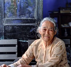 The wise woman (Makaveli 8) Tags: black blue conflictcreation peterford8 wise lady femaleportrait photography female portrait hoian vietnam vietnamese oldwoman woman old