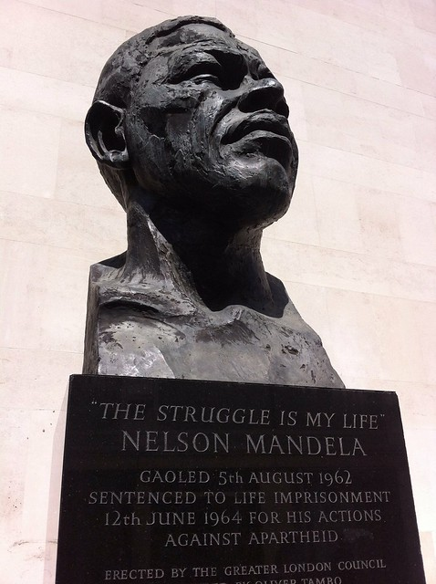 June, 2013: Nelson Mandela sculpture, Southbank