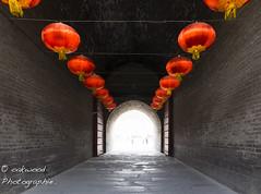 the tunnel (Oakwood_) Tags: china leica portrait men nikon women shanghai yeux m 35 summilux originaliphoto