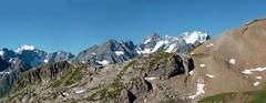 La Meije vue du Galibier (Matrok) Tags: france mountains alps alpes alpi ecrins montagnes galibier meije coldugalibier lameije crins barredesecrins barredescrins massifdesecrins picgaspard dmedesecrins massifdelameije dmedescrins massifdescrins