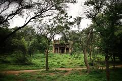 Qutb Shahi Tombs - tucked away in the Ibrahim Bagh precinct (siddharthx) Tags: architecture construction ancient hyderabad tombs golconda mausoleums qutbshahi bhagyanagar 1580ad 1687ad