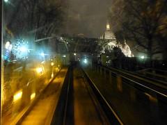 Paris balad bynight: funiculaire de Montmartre (valkiribocou) Tags: paris balade baladeparisienne serrisbalad randobalade