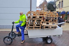 Vrachtfiets-pallets (@WorkCycles) Tags: city electric modern trash workers rotterdam open transport pickup cargo collection assist prototype gemeente pallets fiets heavyduty ebike cargobike bakfiets elektrische oldversion transportfiets workcycles vrachtfiets pedalec