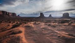 Backlight in Monument Valley (m@yphotos) Tags: vacation arizona sky usa cloud clouds way nikon track desert urlaub himmel wolke wolken northamerica monumentvalley amerika wüste 2012 weg d90 nordamerika merrickbutte westmittenbutte eastmittenbutte oljatomonumentvalley flickrstruereflection1 urlaubusa2012 vacationusa2012