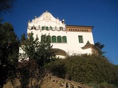 Casa Mart Trias i Domnech - Park Gell in Barcelona (Sokleine) Tags: barcelona spain modernism catalonia unesco espana gaudi espagne unescoworldheritage barcelone gell parkgell catalogne
