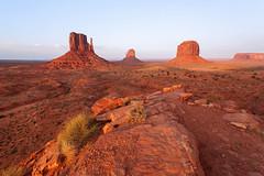 20130603de087 (Dave Ellem) Tags: sunset landscape utah rocks desert monumentvalley mesa