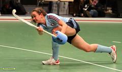 Finale Damen   Club an der Alster - UHC Hamburg  (32) (Sport + Event) Tags: girls field canon eos women wille action frau mdchen ch sieg mdels 2014 meisterschaft championchip eos7 hcokey eos7d