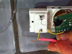 Attach the probe wires to each lead