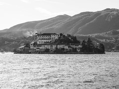 Isola San Giulio (Mauro_Amoroso) Tags: nature water lago lakescapes orta lagodorta isolasangiulio