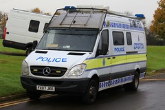 Lincolnshire Police Mercedes Sprinter Operational Support Unit (PFB-999) Tags: mercedes support pov police headquarters lincolnshire osu lincoln vehicle leds van hq grilles workshops unit sprinter lightbar lincs constabulary rotators fx07jkk opertational
