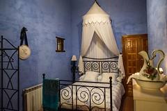 Una Habitacion Muy Romantica (brujulea) Tags: brujulea casas rurales llumes zaragoza casa rural valle del piedra una habitacion muy romantica