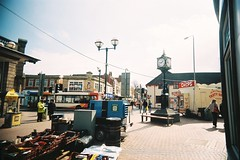 trader clock (dnh500) Tags: street 35mm fuji slim superia wide plastic expired vivitar ultra uws dnh500