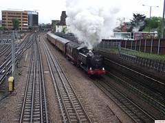 Pannier Tank 9466, Sarah Siddons and London Transport 20189 departing Harrow-on-the-Hill (CoachAlex1996) Tags: londonunderground