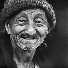 fACES oF aSIA #15_Mae Hong Son, Thailand (kOHN_sIAH) Tags: street travel portrait people bw thailand asia faces culture hilltribe humaninterest