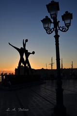 ciao Taranto! (lucadataranto) Tags: mar grande nikon italia monumento puglia controluce sud taranto marinai meridione d7000 nikonclubit