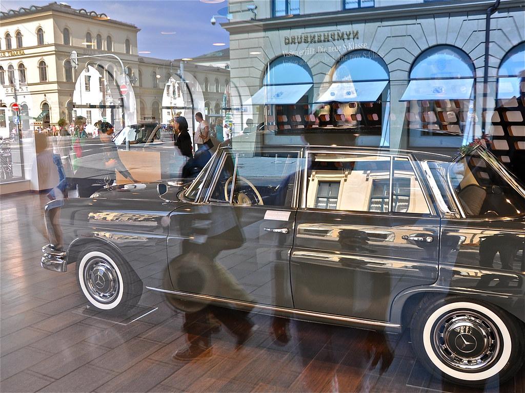 the world 39 s best photos of mercedes and niederlassung. Black Bedroom Furniture Sets. Home Design Ideas