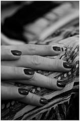 seven fingers (ant_94) Tags: blackandwhite bw hands nikon skin body fingers mani nails seven bodyparts bianconero dita sette unghie smalto sevenfingers